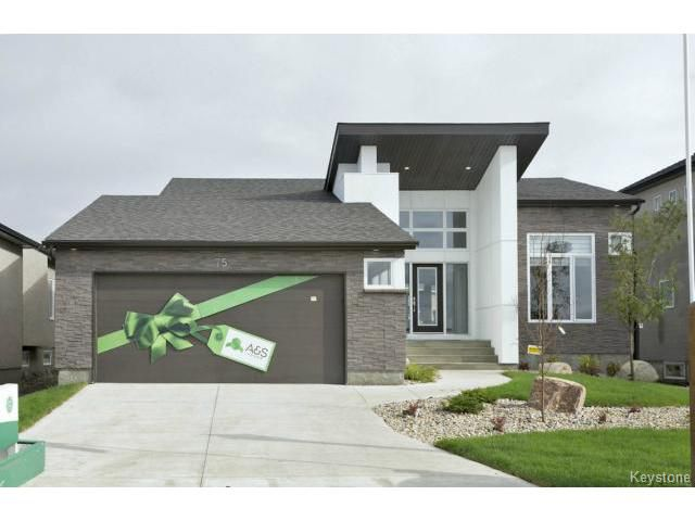 Main Photo: 75 Northern Lights Drive in WINNIPEG: Fort Garry / Whyte Ridge / St Norbert Residential for sale (South Winnipeg)  : MLS®# 1516398