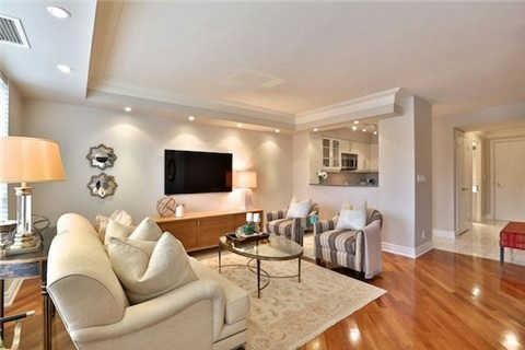 Photo 15: Photos: 203 2 E Roxborough Street in Toronto: Rosedale-Moore Park Condo for sale (Toronto C09)  : MLS®# C3306763