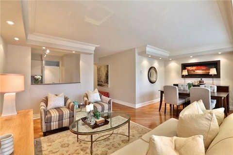Photo 20: Photos: 203 2 E Roxborough Street in Toronto: Rosedale-Moore Park Condo for sale (Toronto C09)  : MLS®# C3306763