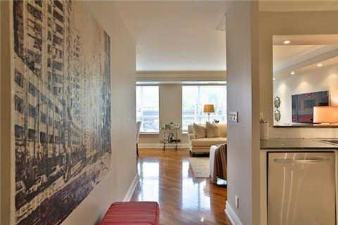 Photo 14: Photos: 203 2 E Roxborough Street in Toronto: Rosedale-Moore Park Condo for sale (Toronto C09)  : MLS®# C3306763