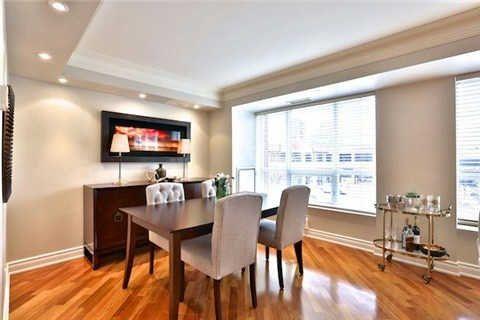 Photo 2: Photos: 203 2 E Roxborough Street in Toronto: Rosedale-Moore Park Condo for sale (Toronto C09)  : MLS®# C3306763