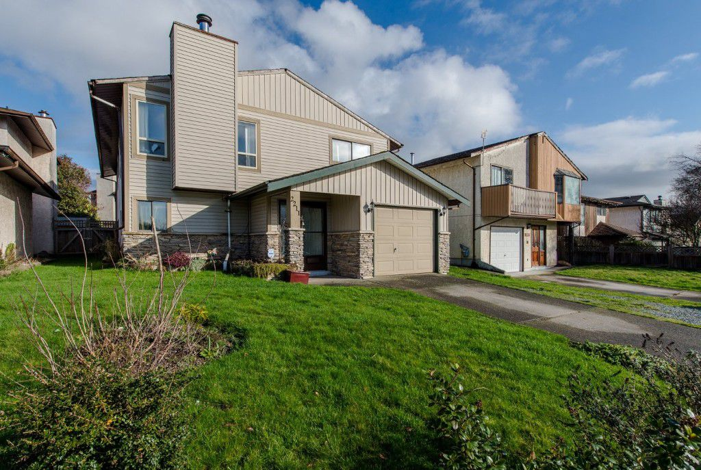 Welcome to 2211 Willoughby Way, Langley, BC located in the Langley Meadows subdivision just steps away from the Langley Meadows Elementary School and Willowbrook Mall!