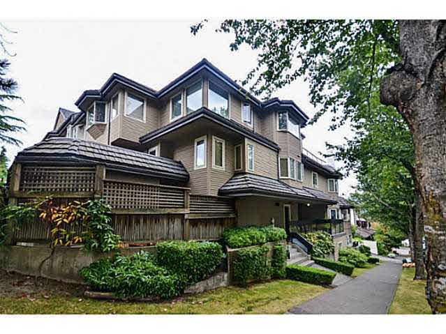 Main Photo: H 1659 BALSAM STREET in : Kitsilano Townhouse for sale : MLS®# V1023019