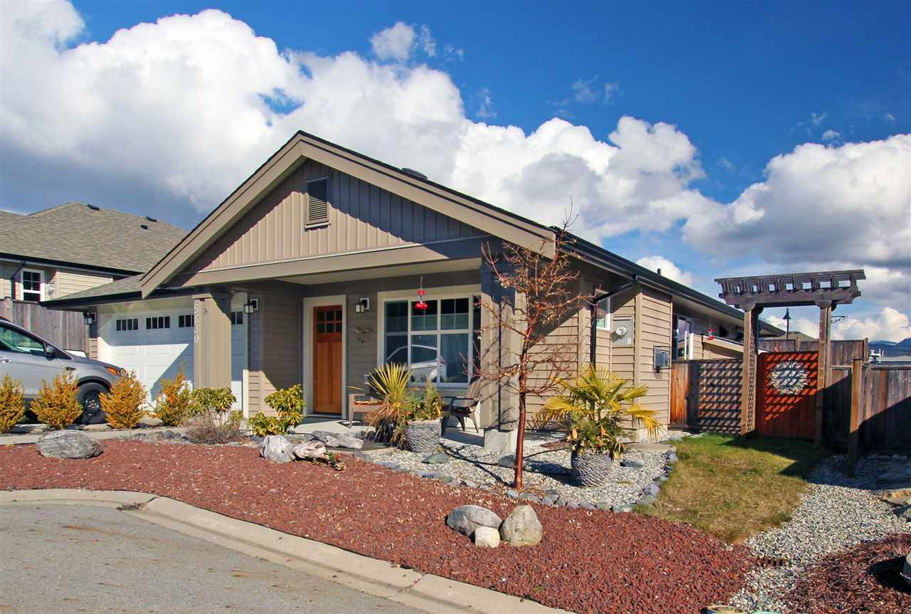 Main Photo: 5630 ANDRES Road in Sechelt: Sechelt District House for sale (Sunshine Coast)  : MLS®# R2143700