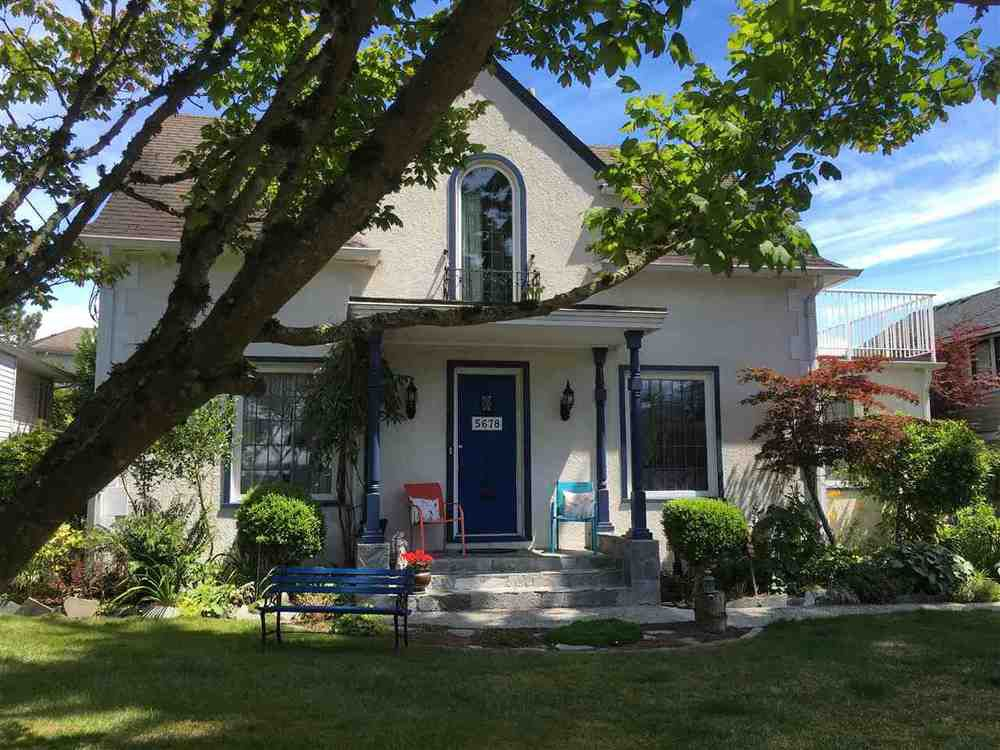 Main Photo: 5678 182 STREET in Cloverdale: Home for sale : MLS®# R2080801