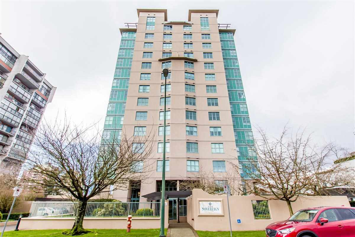"""Main Photo: 1502 1555 EASTERN Avenue in North Vancouver: Central Lonsdale Condo for sale in """"THE SOVEREIGN"""" : MLS®# R2240057"""