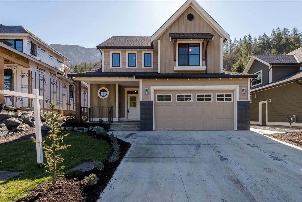 "Main Photo: 31 1885 COLUMBIA VALLEY Road in Cultus Lake: Lindell Beach House for sale in ""AQUADEL CROSSING"" : MLS®# R2243256"