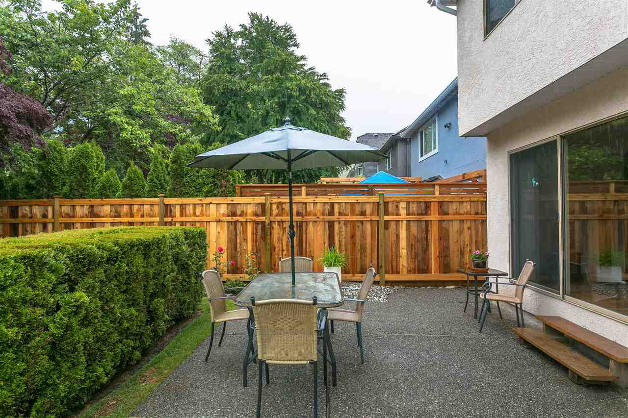 Photo 16: Photos: 1080 CLEMENTS Avenue in North Vancouver: Canyon Heights NV House for sale : MLS®# R2298872