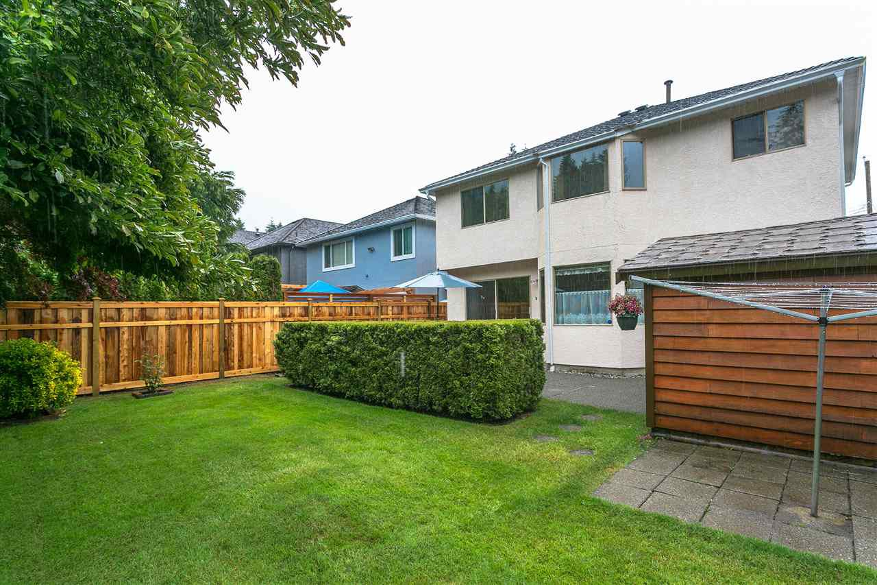 Photo 17: Photos: 1080 CLEMENTS Avenue in North Vancouver: Canyon Heights NV House for sale : MLS®# R2298872