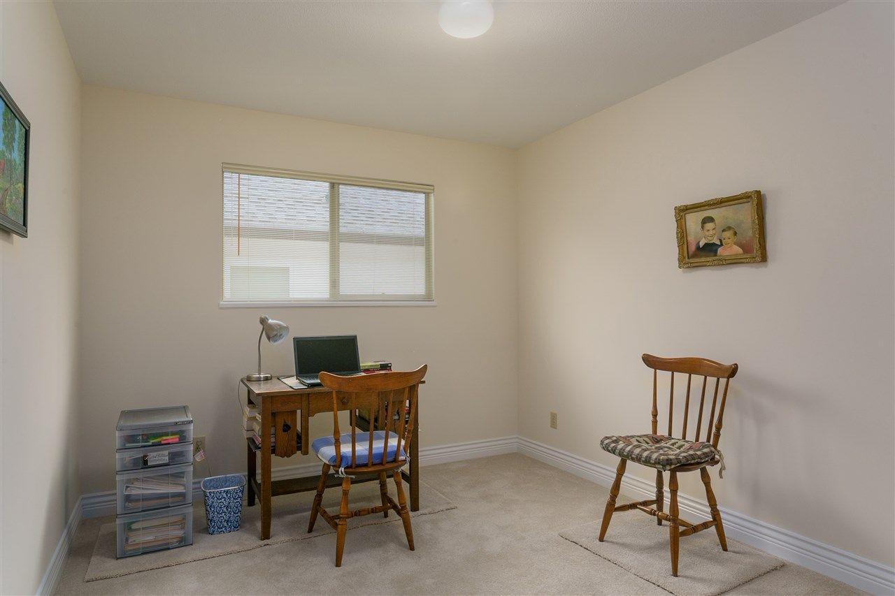 Photo 12: Photos: 1080 CLEMENTS Avenue in North Vancouver: Canyon Heights NV House for sale : MLS®# R2298872