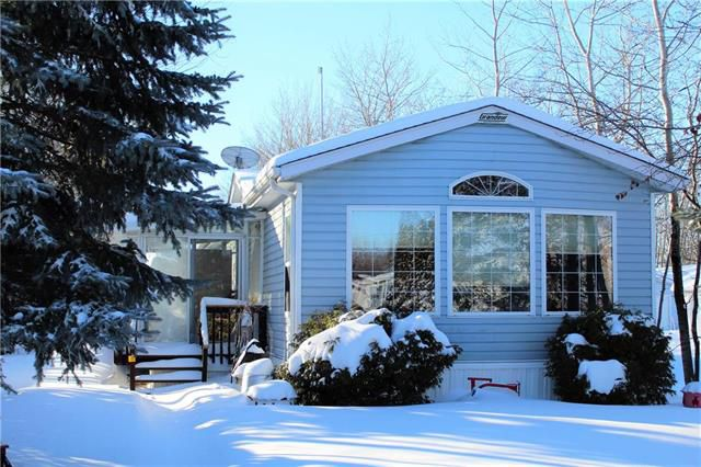 Main Photo: 31 SUNSET Drive in Ste Anne: Paradise Village Residential for sale (R06)  : MLS®# 1902694