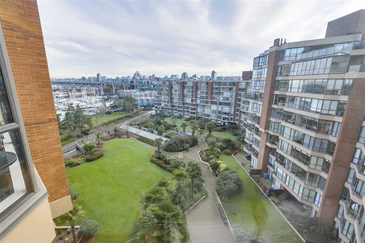 """Main Photo: 804 1450 PENNYFARTHING Drive in Vancouver: False Creek Condo for sale in """"HARBOUR COVE"""" (Vancouver West)  : MLS®# R2385995"""