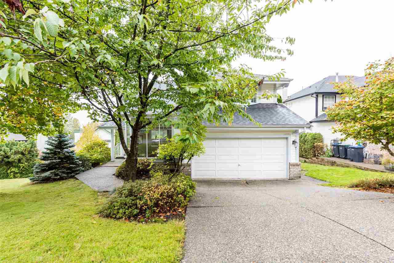 Main Photo: 103 CEDARWOOD Drive in Port Moody: Heritage Woods PM House for sale : MLS®# R2387050