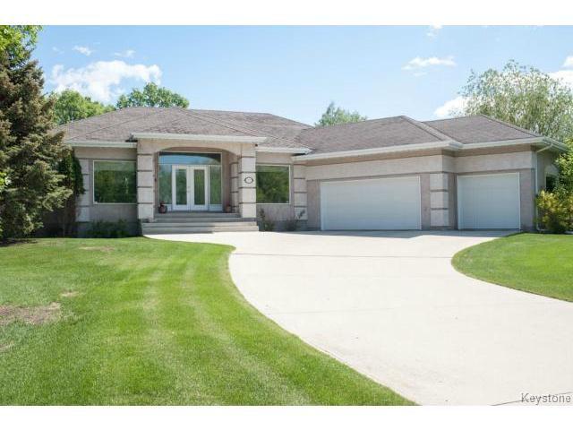 Main Photo: 103 EAGLE CREEK Drive in ESTPAUL: Birdshill Area Residential for sale (North East Winnipeg)  : MLS®# 1511283
