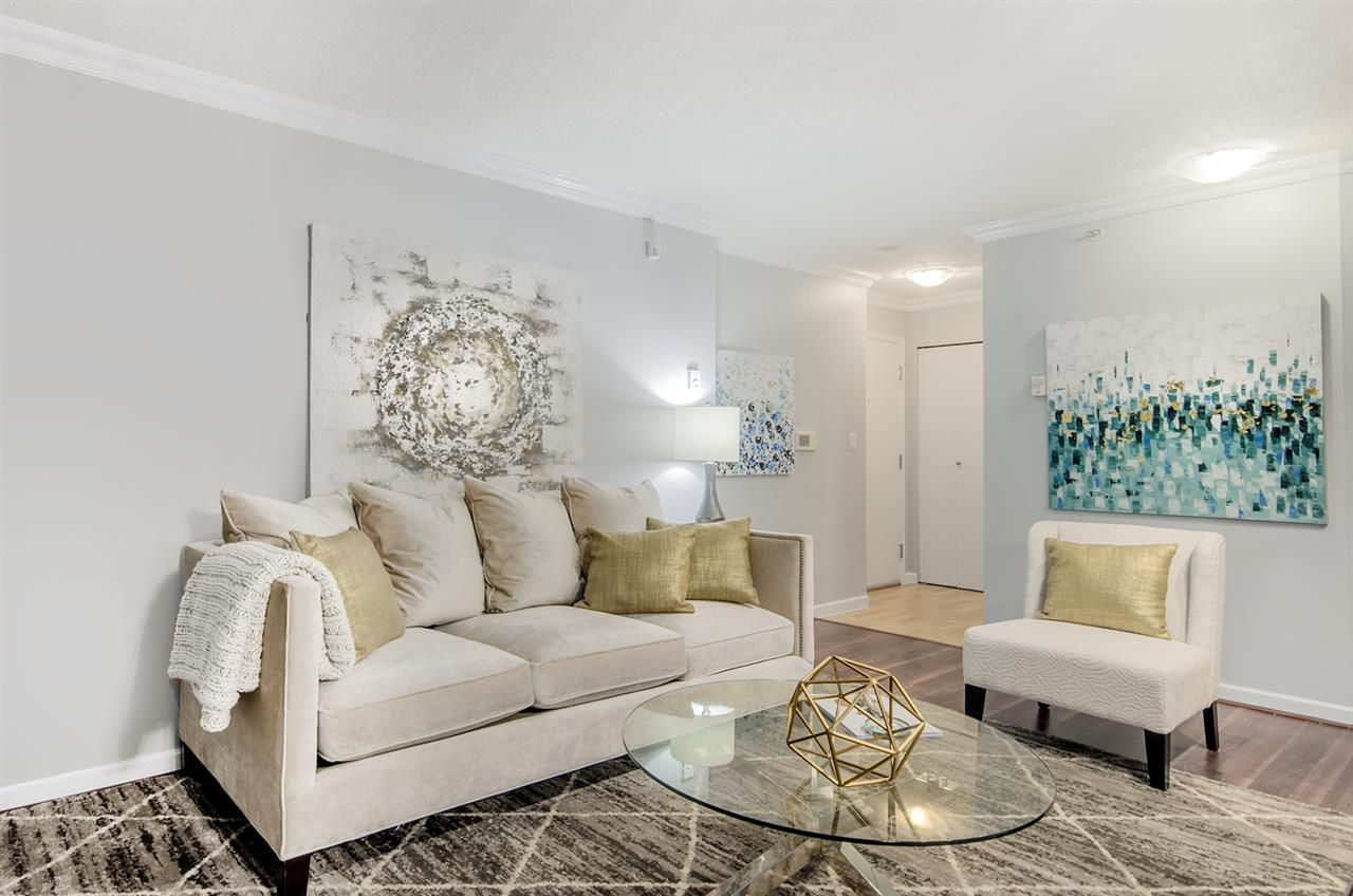 """Main Photo: 1203 928 RICHARDS Street in Vancouver: Yaletown Condo for sale in """"The Savoy"""" (Vancouver West)  : MLS®# R2123368"""