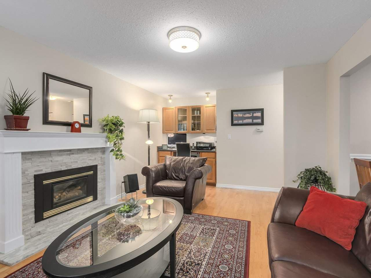 Photo 10: Photos: 887 KELVIN Street in Coquitlam: Harbour Chines House for sale : MLS®# R2240068