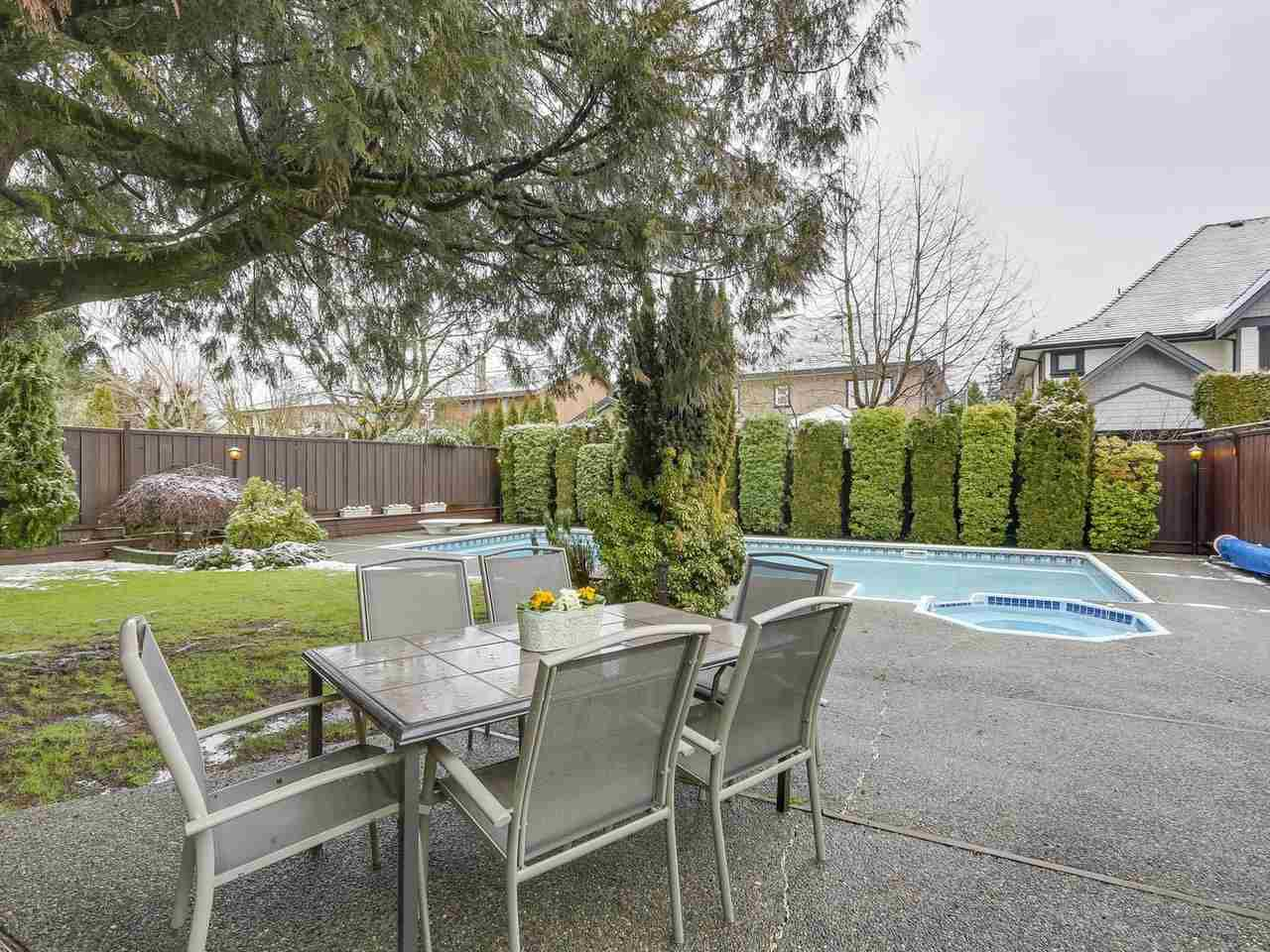 Photo 18: Photos: 887 KELVIN Street in Coquitlam: Harbour Chines House for sale : MLS®# R2240068