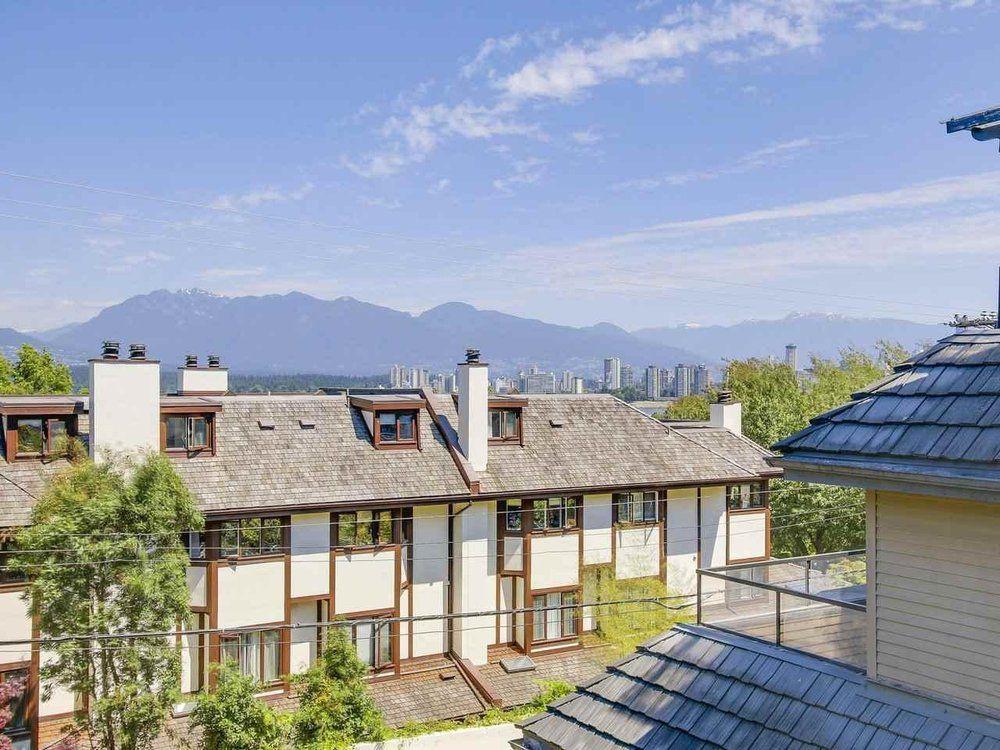 Main Photo: 2429 W 1st Avenue in : Kitsilano Condo for sale (West Vancouver)  : MLS®# R2186874