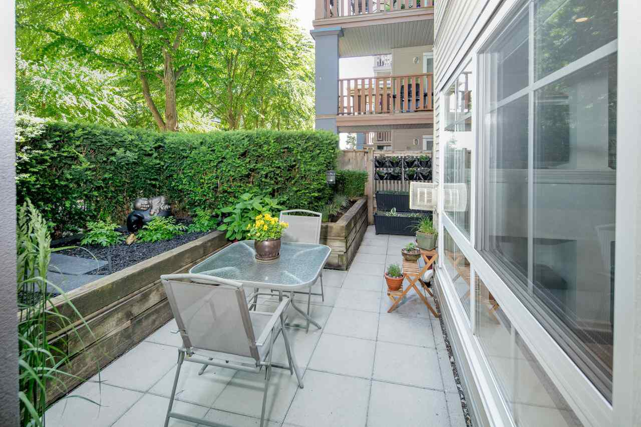 """Main Photo: 130 5600 ANDREWS Road in Richmond: Steveston South Condo for sale in """"LAGOONS"""" : MLS®# R2274698"""