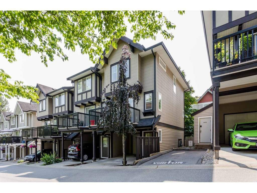 "Main Photo: 25 20176 68 Avenue in Langley: Willoughby Heights Townhouse for sale in ""Steeplechase"" : MLS®# R2286144"