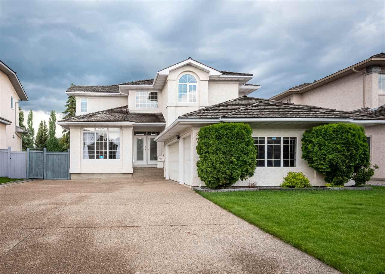 Main Photo: 976 WALLBRIDGE Place in Edmonton: Zone 22 House for sale : MLS®# E4163741