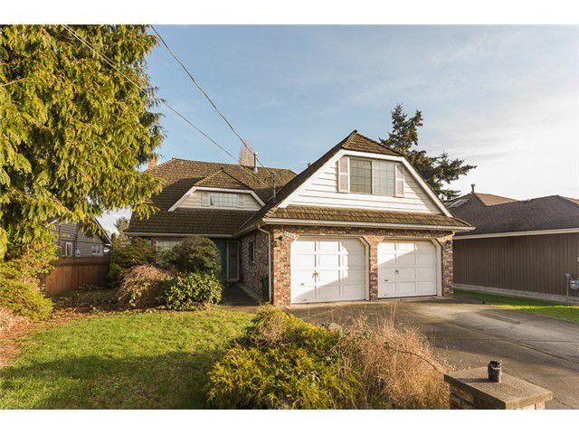 "Main Photo: 5086 CENTRAL Avenue in Ladner: Hawthorne House for sale in ""HAWTHORNE"" : MLS®# V1102401"