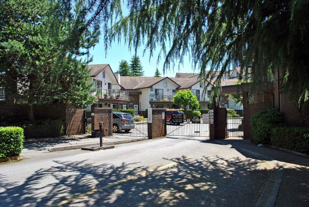 "Main Photo: 404 13876 102ND Avenue in Surrey: Whalley Condo for sale in ""GLENDALE VILLAGE"" (North Surrey)  : MLS®# F1439490"