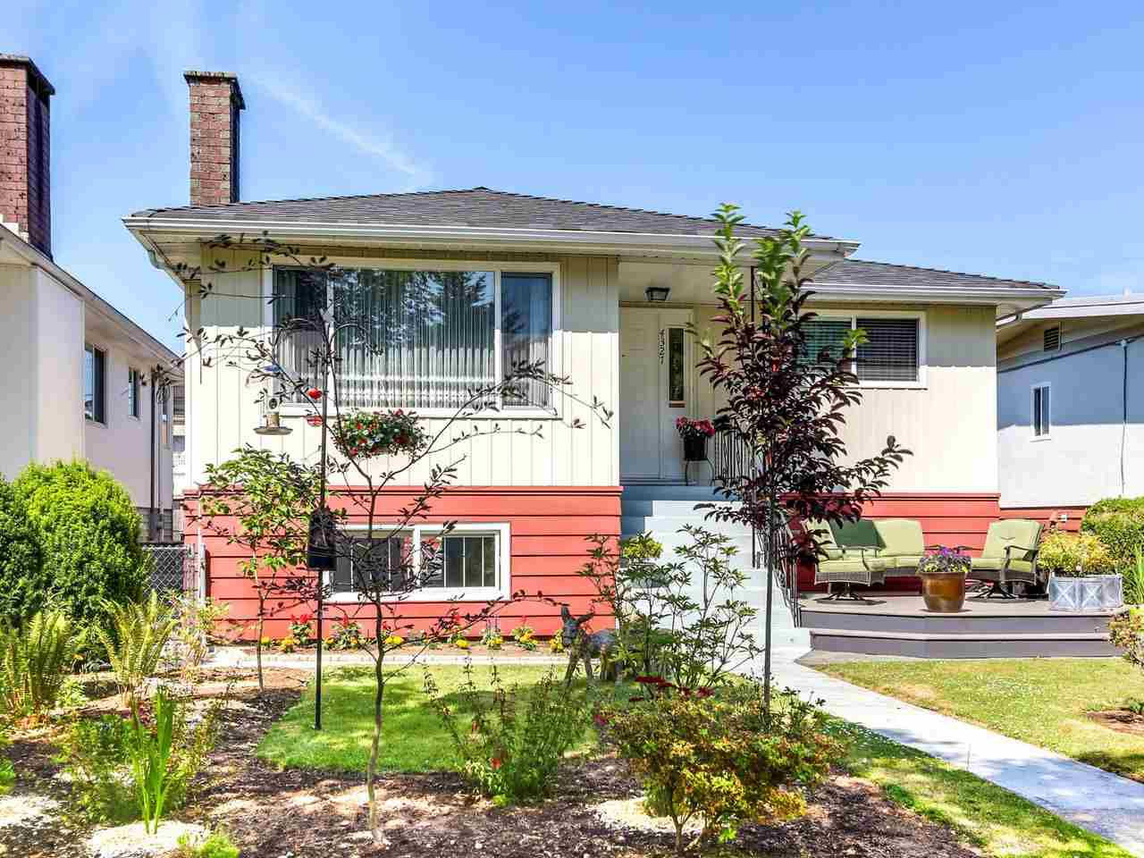 Main Photo: 4327 ATLIN Street in Vancouver: Renfrew Heights House for sale (Vancouver East)  : MLS®# R2183970