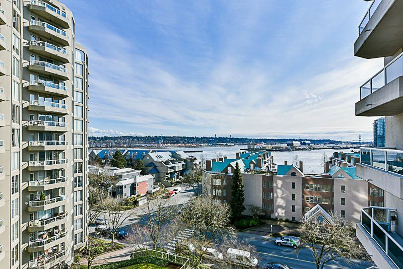 """Main Photo: 906 1185 QUAYSIDE Drive in New Westminster: Quay Condo for sale in """"THE RIVIERA"""" : MLS®# R2246487"""