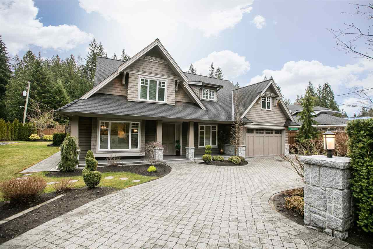 Main Photo: 330 MOYNE Drive in West Vancouver: British Properties House for sale : MLS®# R2246661