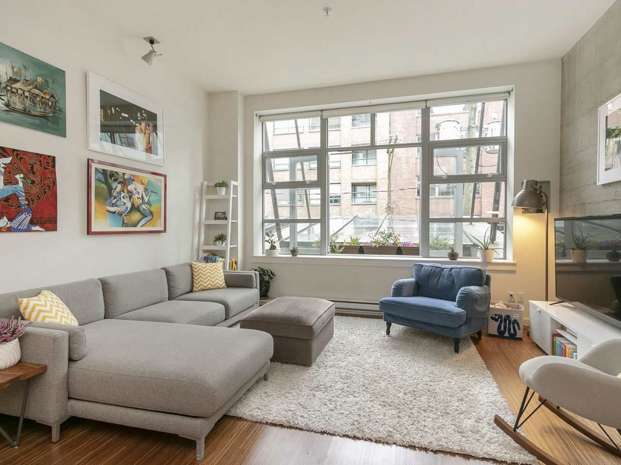 """Main Photo: 205 1228 HOMER Street in Vancouver: Yaletown Condo for sale in """"The Ellison"""" (Vancouver West)  : MLS®# R2253488"""