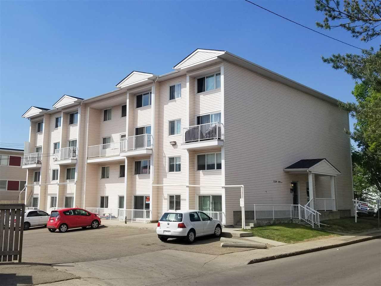 Main Photo: 18 11219 103A Avenue in Edmonton: Zone 12 Condo for sale : MLS®# E4158916