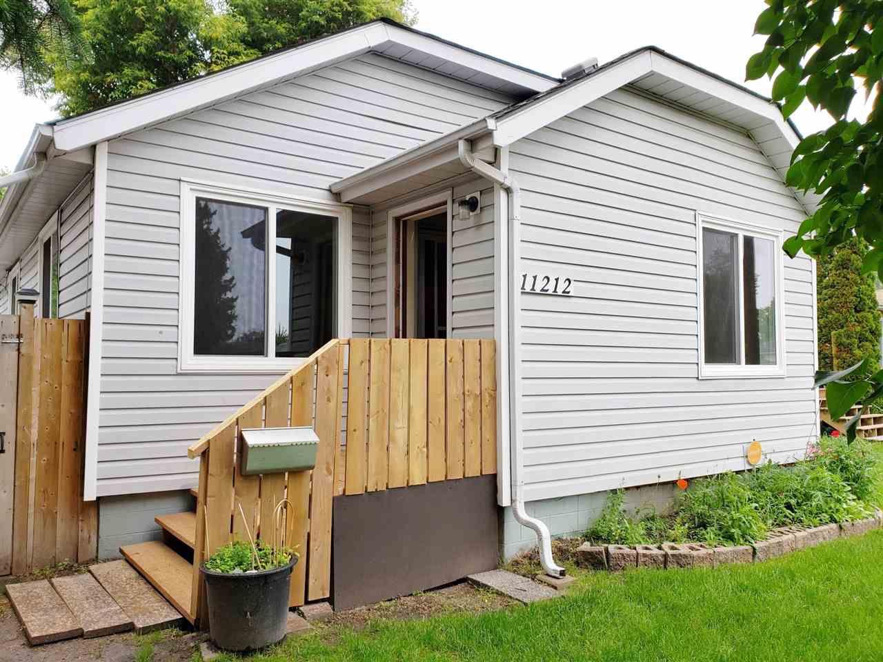 Main Photo: 11212 50 Street in Edmonton: Zone 09 House for sale : MLS®# E4164157