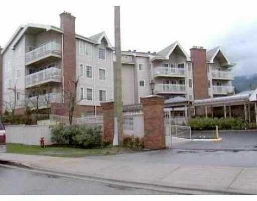 """Main Photo: 203 2963 BURLINGTON DR in Coquitlam: North Coquitlam Condo for sale in """"BURLINGTON ESTATES"""" : MLS®# V573311"""
