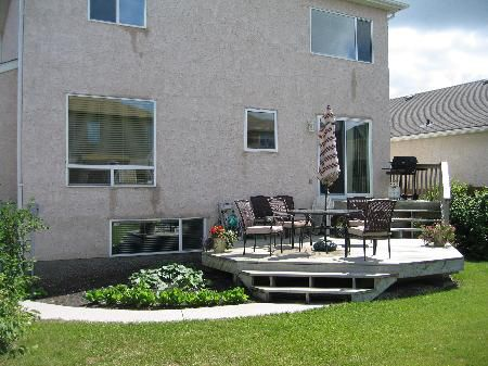 Photo 3: Photos: 143 Coombs Dr.: Residential for sale (River Park South)  : MLS®# 2610712
