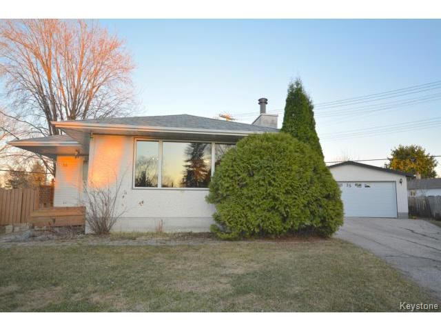 Main Photo: Burning Bush Bay in Winnipeg: Residential for sale : MLS®# 1509402