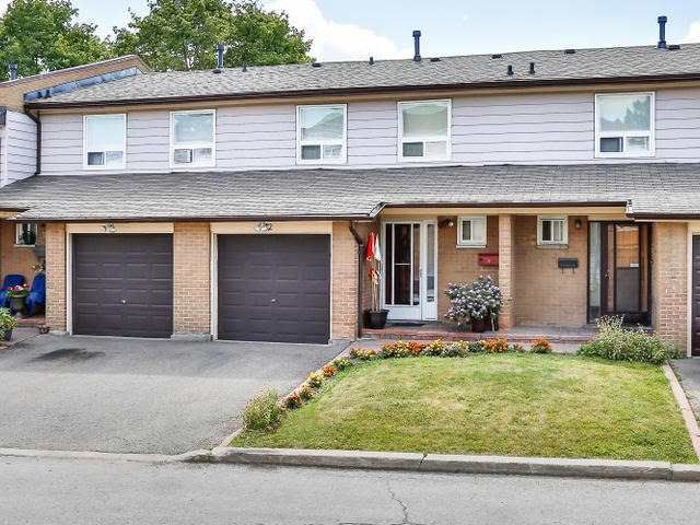 Main Photo: 2 3525 Brandon Gate Drive in Mississauga: Malton Condo for sale : MLS®# W3278104