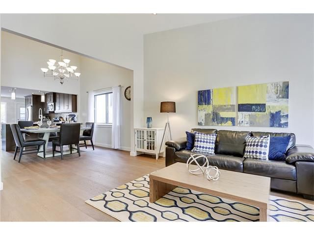 Main Photo: 816 COACH SIDE Crescent SW in Calgary: Coach Hill House for sale : MLS®# C4030748