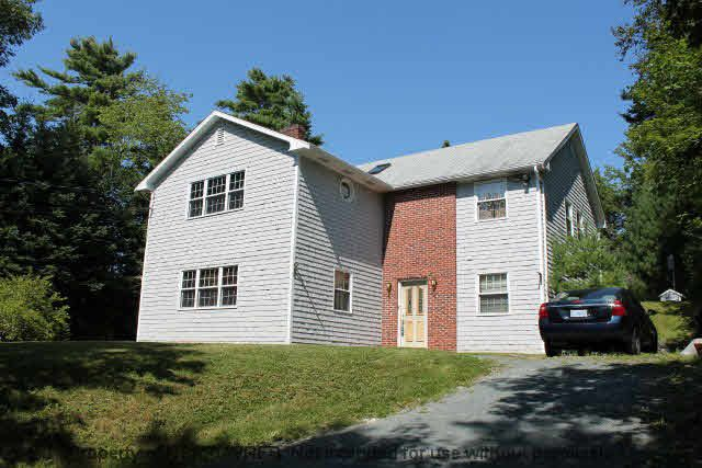 Main Photo: 1268 WAVERLEY Road in Waverley: 30-Waverley, Fall River, Oakfield Residential for sale (Halifax-Dartmouth)  : MLS®# 201609042