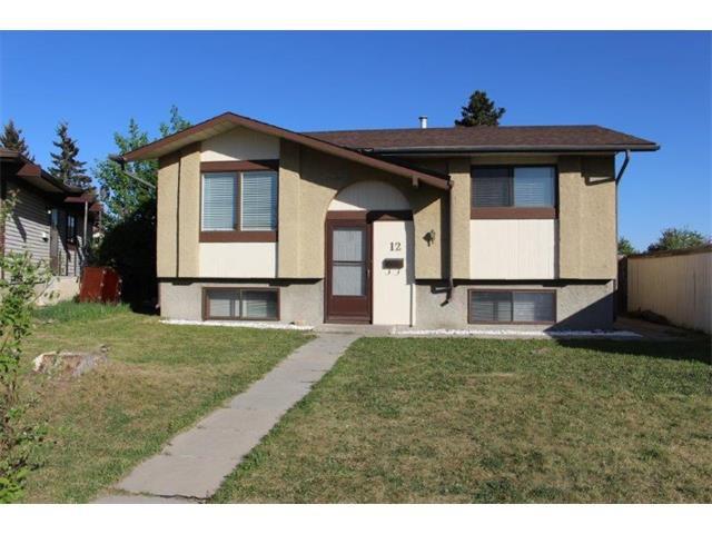 Main Photo: 12 FALWORTH Bay NE in Calgary: Falconridge House for sale : MLS®# C4053072