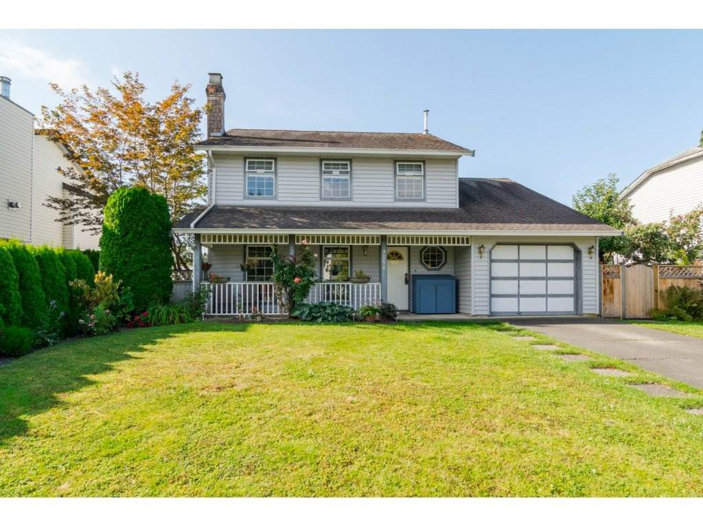 "Main Photo: 9158 212A Place in Langley: Walnut Grove House for sale in ""JAMES KENNEDY"" : MLS®# R2097591"