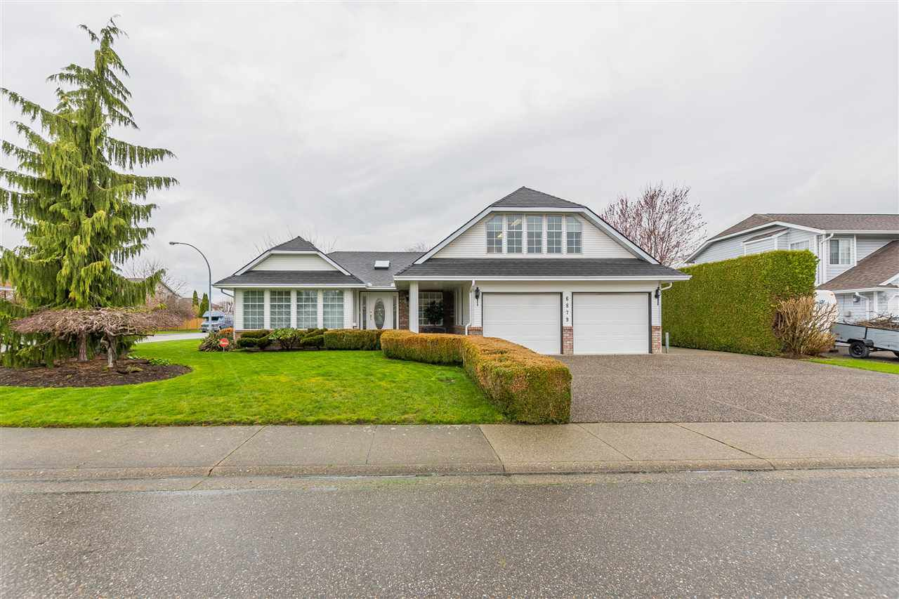 Main Photo: 6879 GLENEDEN Street in Sardis: Sardis West Vedder Rd House for sale : MLS®# R2154790
