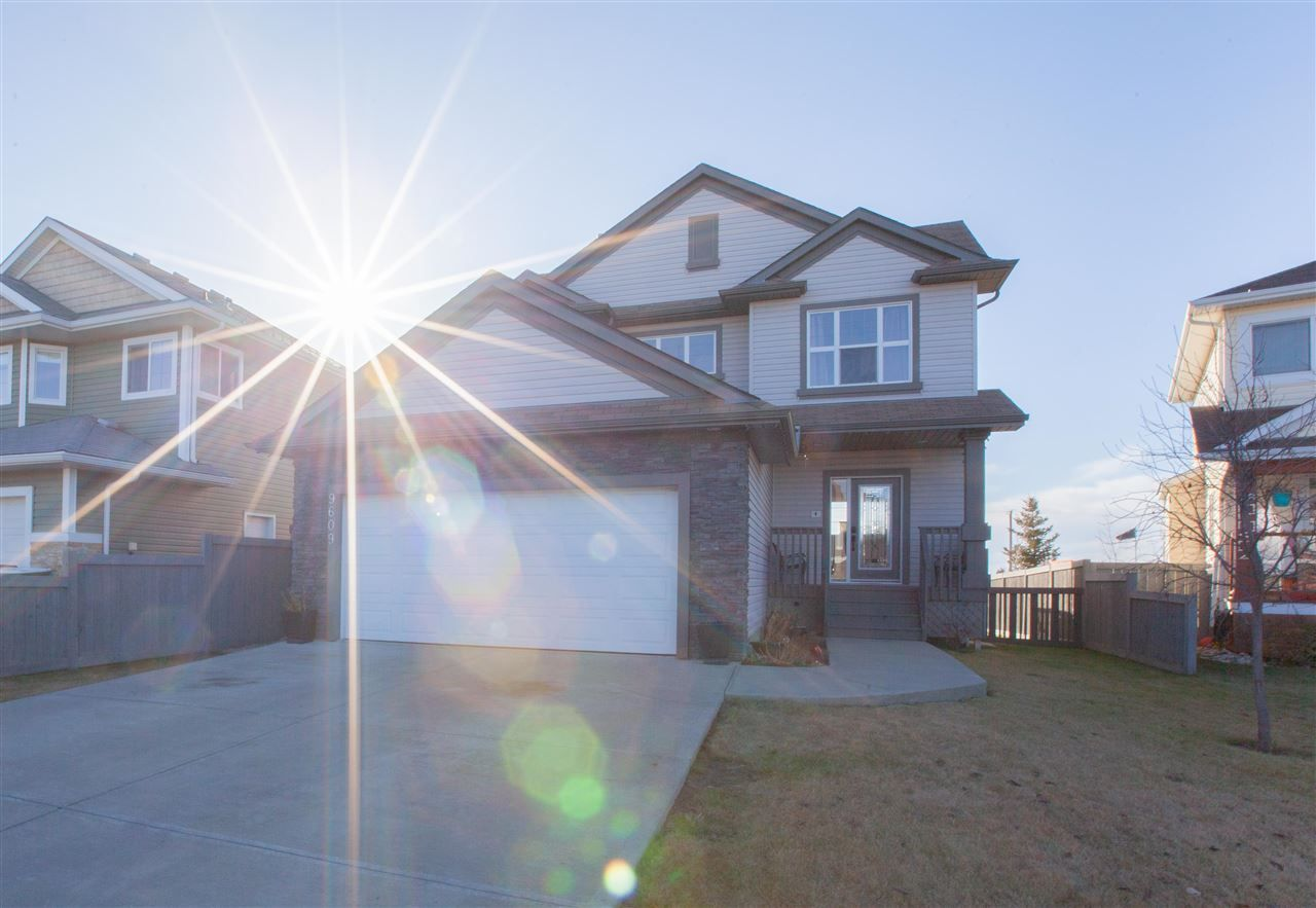 Main Photo: 9609 79 Avenue: Morinville House for sale : MLS®# E4134361
