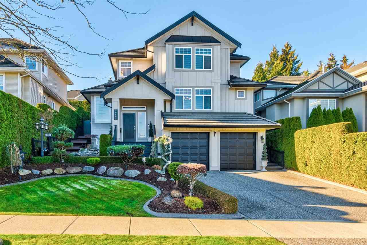 """Main Photo: 10897 166A Street in Surrey: Fraser Heights House for sale in """"RIDGEVIEW ESTATES"""" (North Surrey)  : MLS®# R2326600"""