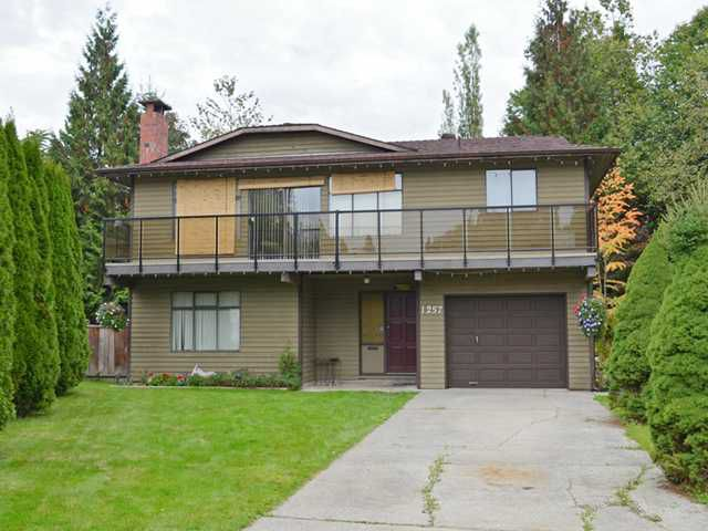 """Main Photo: 1257 PLYMOUTH Crescent in Port Coquitlam: Oxford Heights House for sale in """"OXFORD HEIGHTS"""" : MLS®# V1031781"""