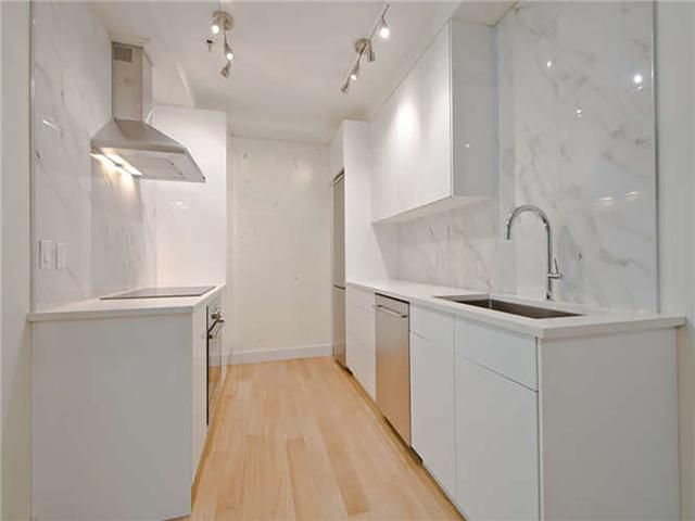"""Main Photo: # 213 1177 HORNBY ST in Vancouver: Downtown VW Condo for sale in """"LONDON PLACE"""" (Vancouver West)  : MLS®# V1033370"""