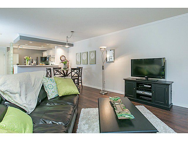 """Photo 11: Photos: 506 1500 OSTLER Court in North Vancouver: Indian River Condo for sale in """"MOUNTAIN TERRACE"""" : MLS®# V1103932"""
