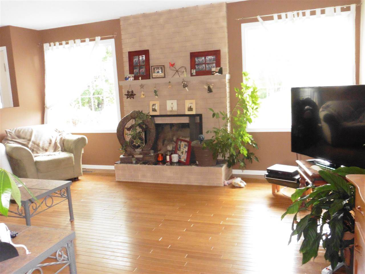 """Photo 2: Photos: 4183 NEHRING Avenue in Prince George: Pinewood House for sale in """"PINEWOOD"""" (PG City West (Zone 71))  : MLS®# R2092741"""
