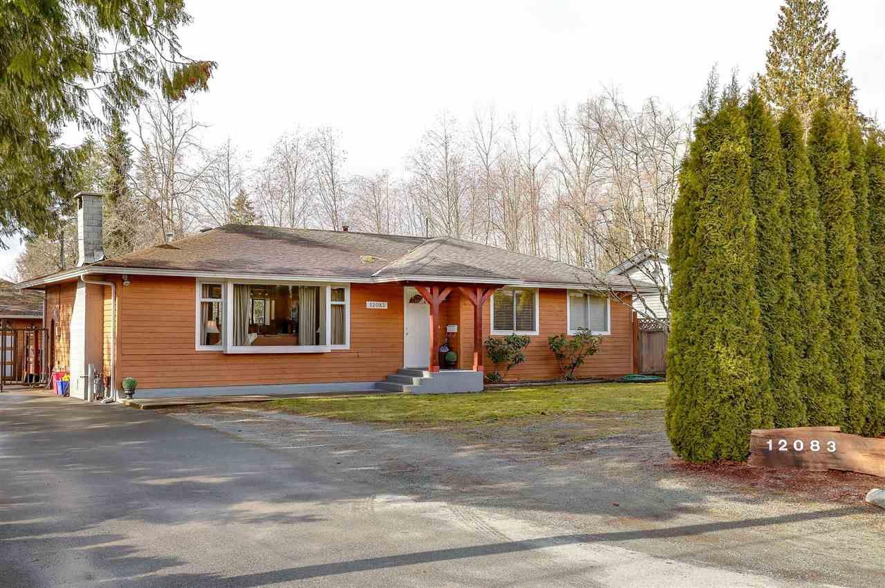 Main Photo: 12083 261 Street in Maple Ridge: Websters Corners House for sale : MLS®# R2143996