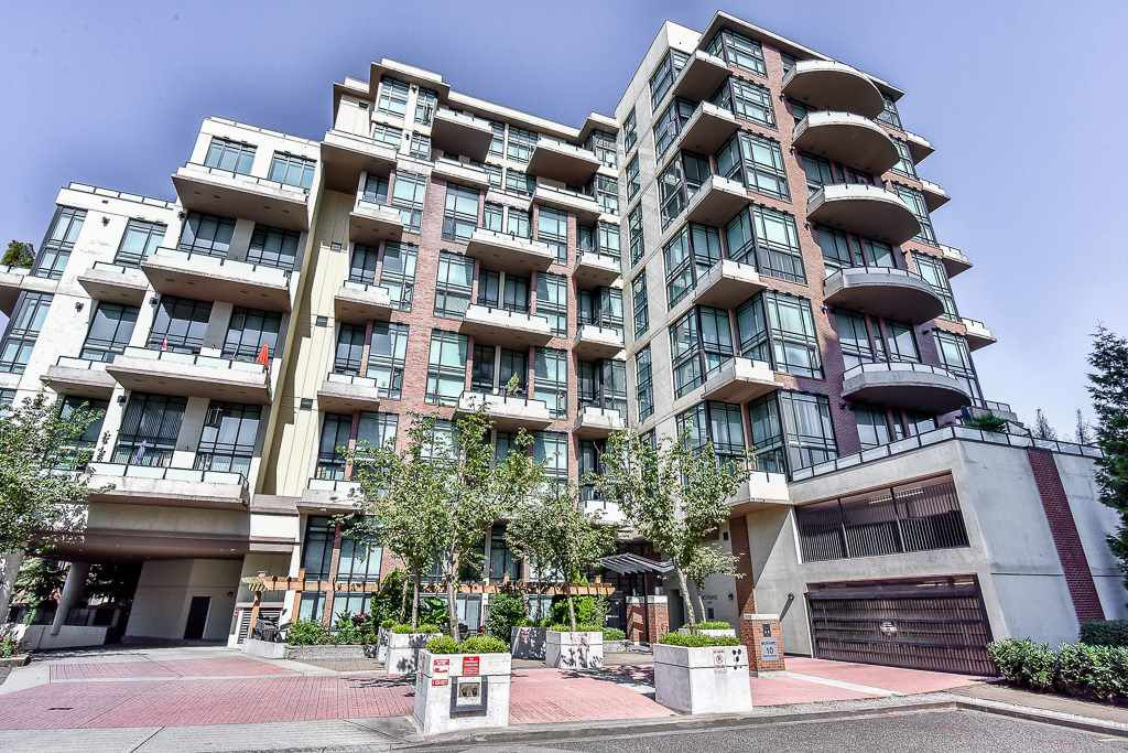 """Main Photo: 109 10 RENAISSANCE Square in New Westminster: Quay Condo for sale in """"MURANO LOFTS"""" : MLS®# R2185588"""